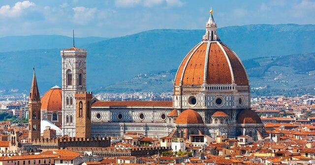 BRUNELLESCHI inicia la cúpula de la Catedral de Florència (inici del renaixement)