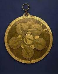 Azarquiel inventa el Equatorium
