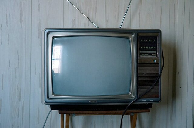 televisions in households