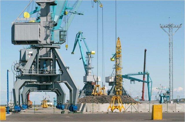 Начало строительство Правобережного грузового района порта