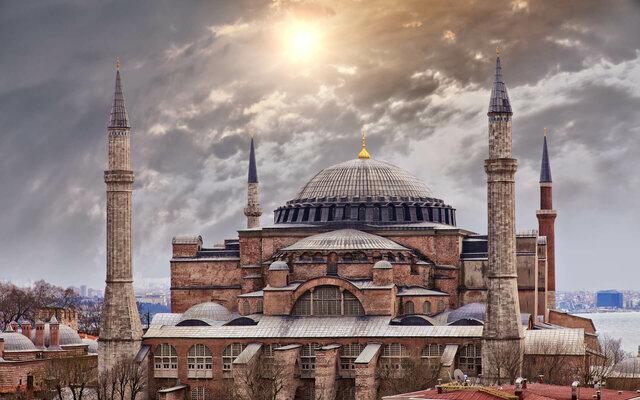 La universidad de Constantinopla sigue siendo un centro de estudios.