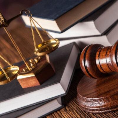 Las diferentes leyes desarrolladas a lo largo del tiempo para estructurar la Constitución actual. timeline