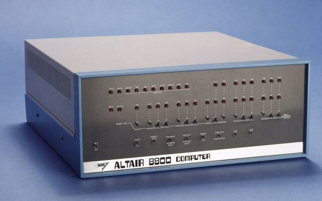 Primer Ordenador personal de Microsoft (Altair 8080)