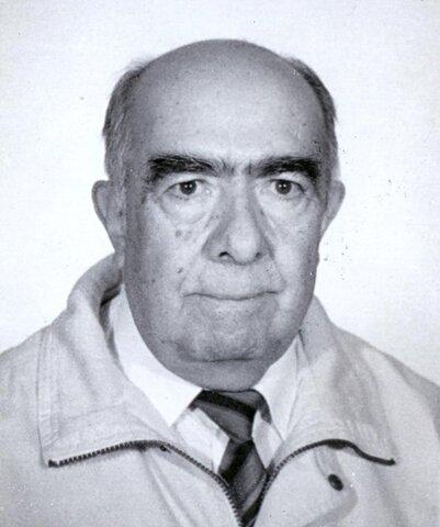 1977 La DGEA tuvo dos directores.
