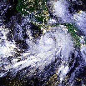 1997 destrucción provocada por el huracán Paulina.