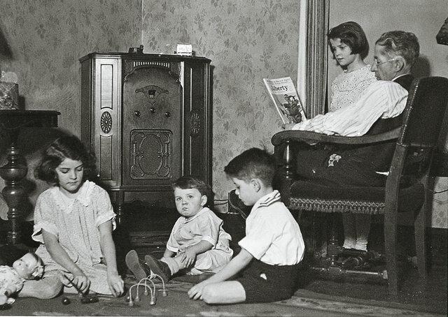1930 Media