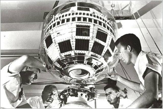El primer satélite de comunicaciones, el Telstar 1