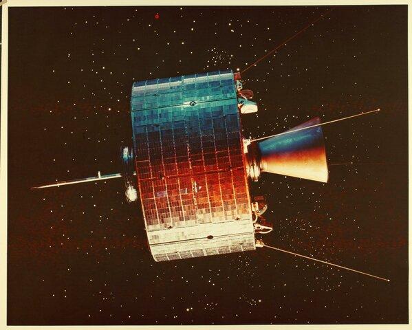 O primer satélite de comunicación en órbita