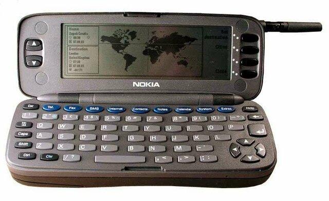 0.000.000 de ordenadores conectados a Internet. El Nokia 9000 Communicator se convierte en el smartphone e  integraba una CPU Intel 386.
