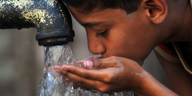 Agua en el mercado