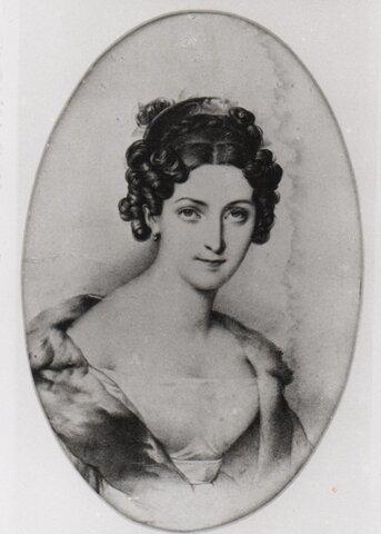 Nace Harriet Taylor