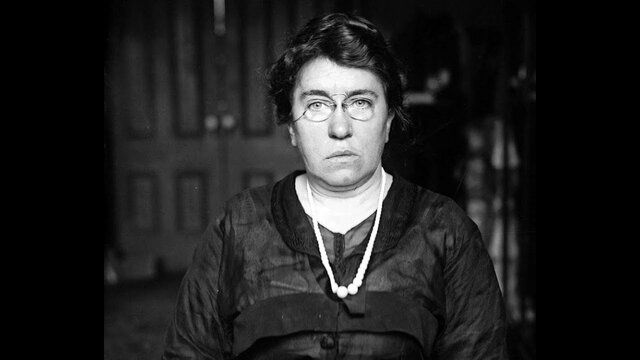 Nace Emma Goldman