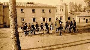 Agosto 2, 1914 se fundó el primer establecimiento en Bogotá