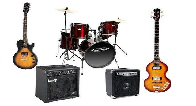 Voces agudas, estridentes, temas de canciones, guitarra pesada
