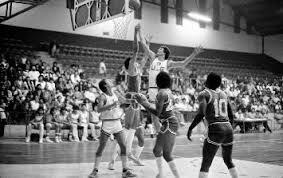La YMCA y la expansión del baloncesto.