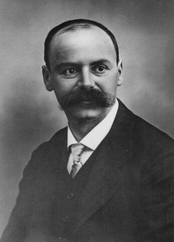 Karl Schwarzchild (1873-1916)