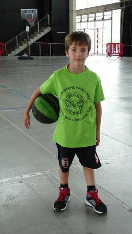 Vaig anar a jugar campionats de Catalunya amb el bàsquet