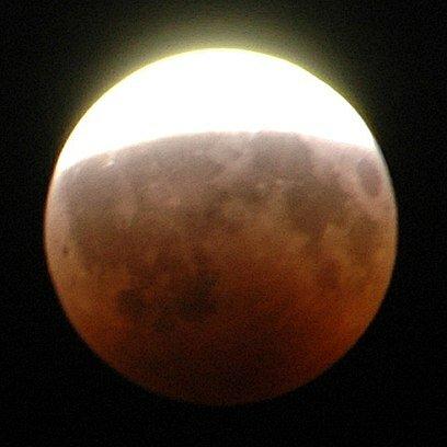 Eclipse parcial de la lluna (climàtic)