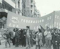 Se prohíben los sindicatos y movimientos obreros