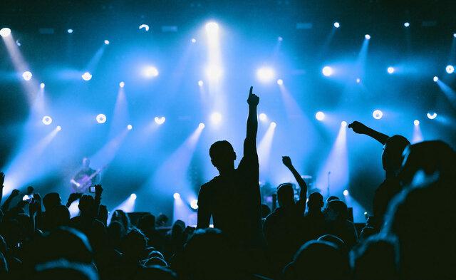 Se popularizan los conciertos de bandas y artistas