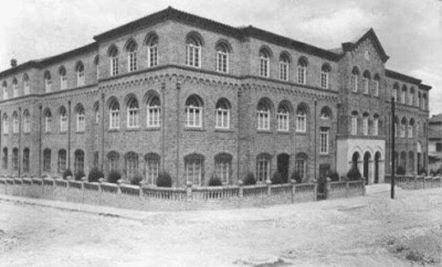 Universidad Tomística