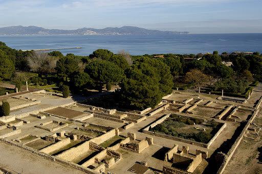 Els romans arriben a Empúries