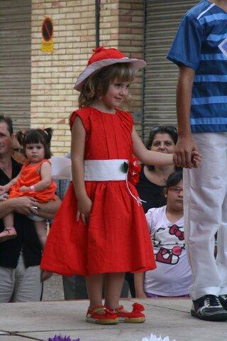 La meva primera desfilada amb vestits de paper