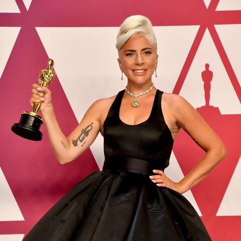 Oscar a la millor cançó original a SHALLOW (cultural)