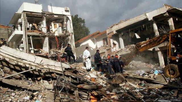 Dues bombes acaben amb la vida de més de 60 persones en un doble atentat a Argel