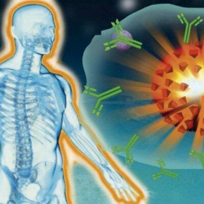 Historia de la inmunología y The Strokes (1999-2021) timeline