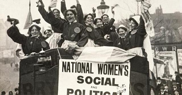 Zelkin Lideró La Primera Conferencia Internacional de Mujeres Socialistas.