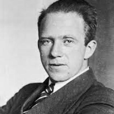 Werner Karl Heisenberg 5 December 1901-1 February 1976 timeline