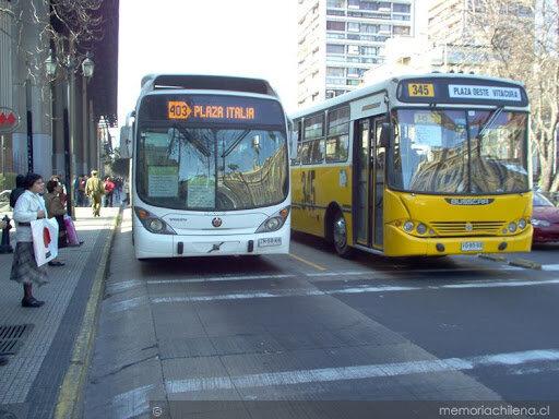Comienza a funcionar el sistema de transporte público: Transantiago