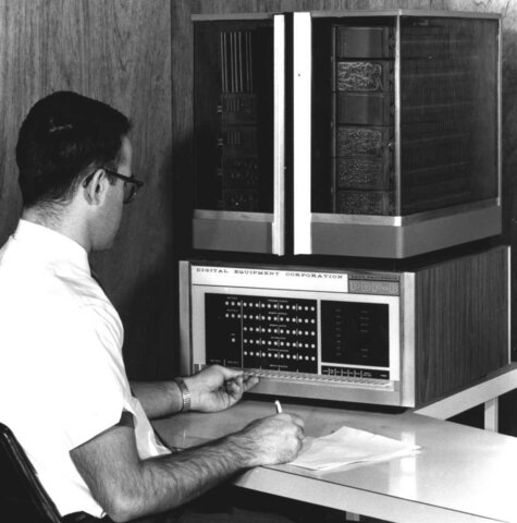 Minicomputadora PDP-8