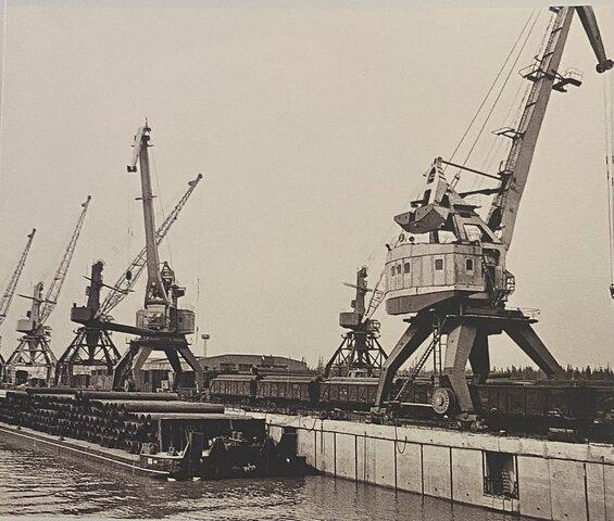Сдана в эксплуатацию первая очередь порта
