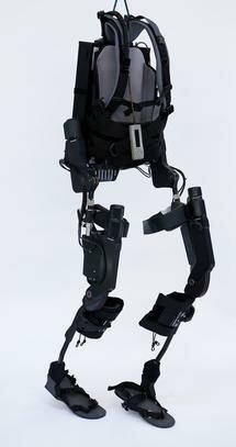 Primer exoesqueleto artificial
