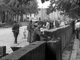 Tercera Crisis de Berlín. La creación del Muro de Berlín