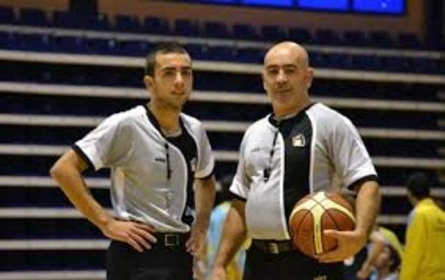 Se introducen más árbitros.