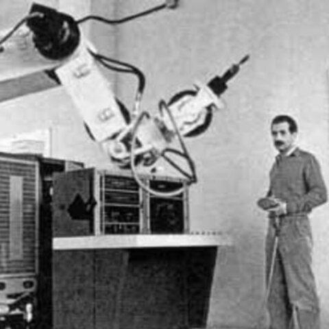 1963, Robots industriales