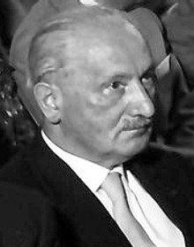 Martin Heidegger (1889, 1976)