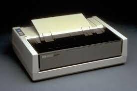 Primera impresora comercial