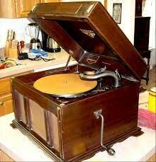 Victor Orthophonic Victrola Phonograph