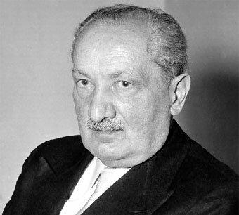 Martin Heidegger ( 1889 d.C - 1976 d.C )