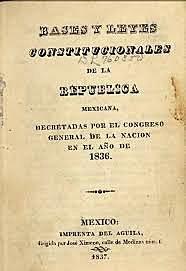 México obtiene su primera constitución