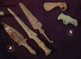 Los Sumerios utilizaron la metalurgia.