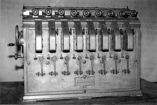 Máquina algebraica.