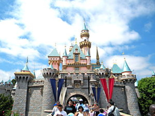 Disneyland Park Opens