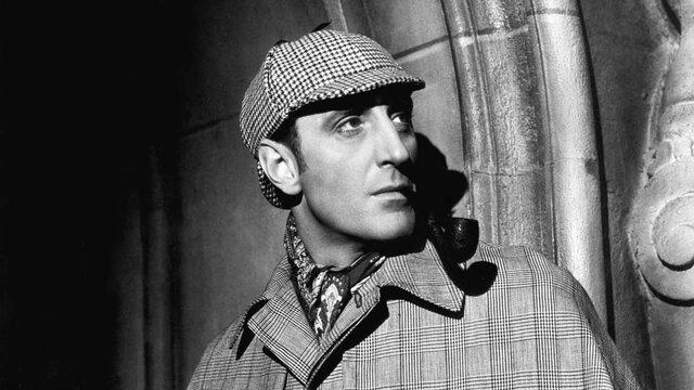 Las Aventuras de Sherlock Holmes fue publicada por Sir Arthur Conan Doyle.