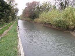 Canal artificial