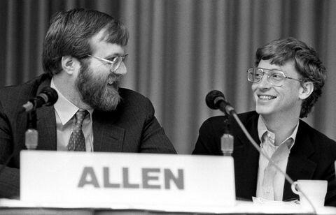Paul Allen y Bill Gates fundan Microsoft